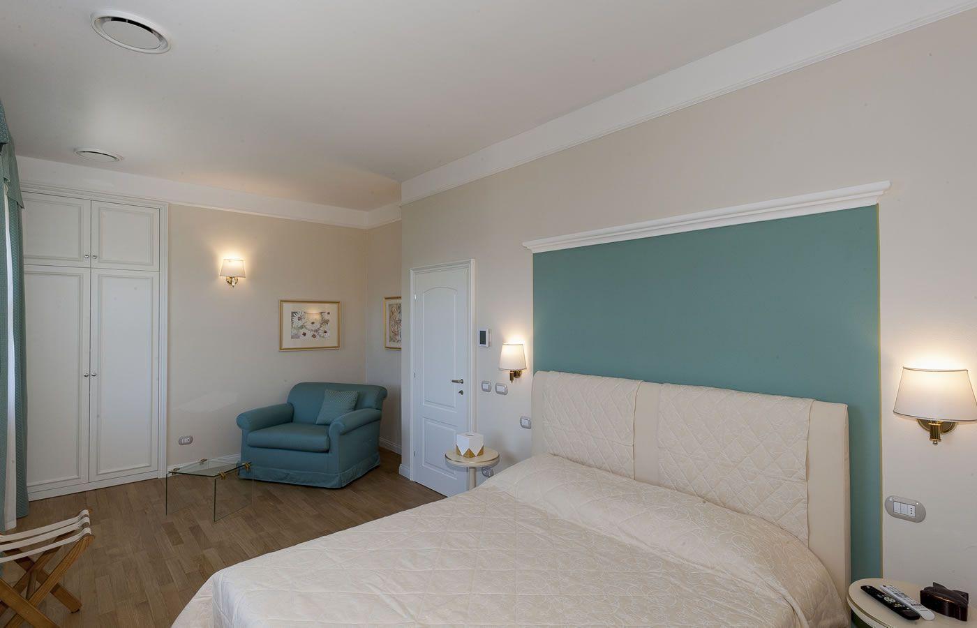 Gardenia Room